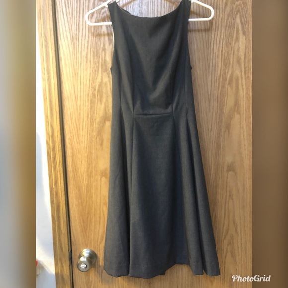 H&M Dresses & Skirts - H&M grey dress with removable belt size 4